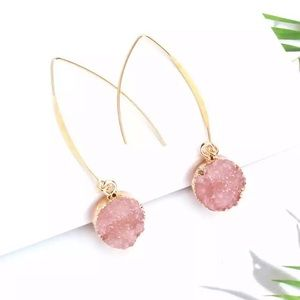 Jewelry - Pink Druzy Drop earrings